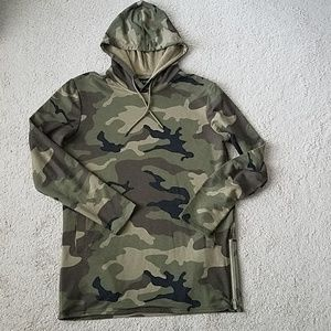 Pacsun camouflage longer fit hoodie